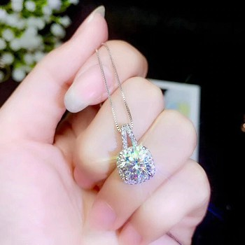 Moissanite Diamond Necklace